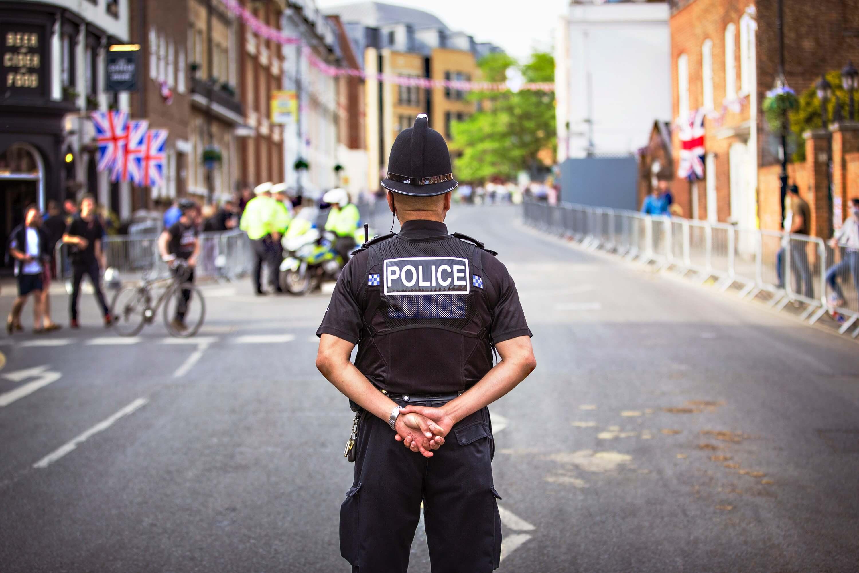 警察 マンション 騒音